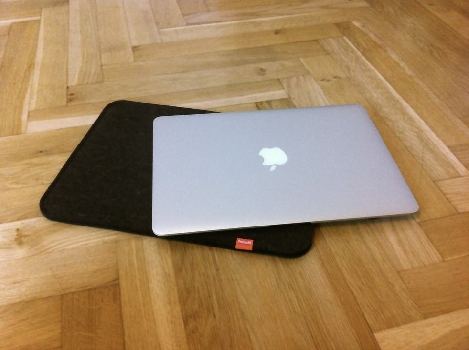 Freiwild MacBook Air-Sleeve 13""